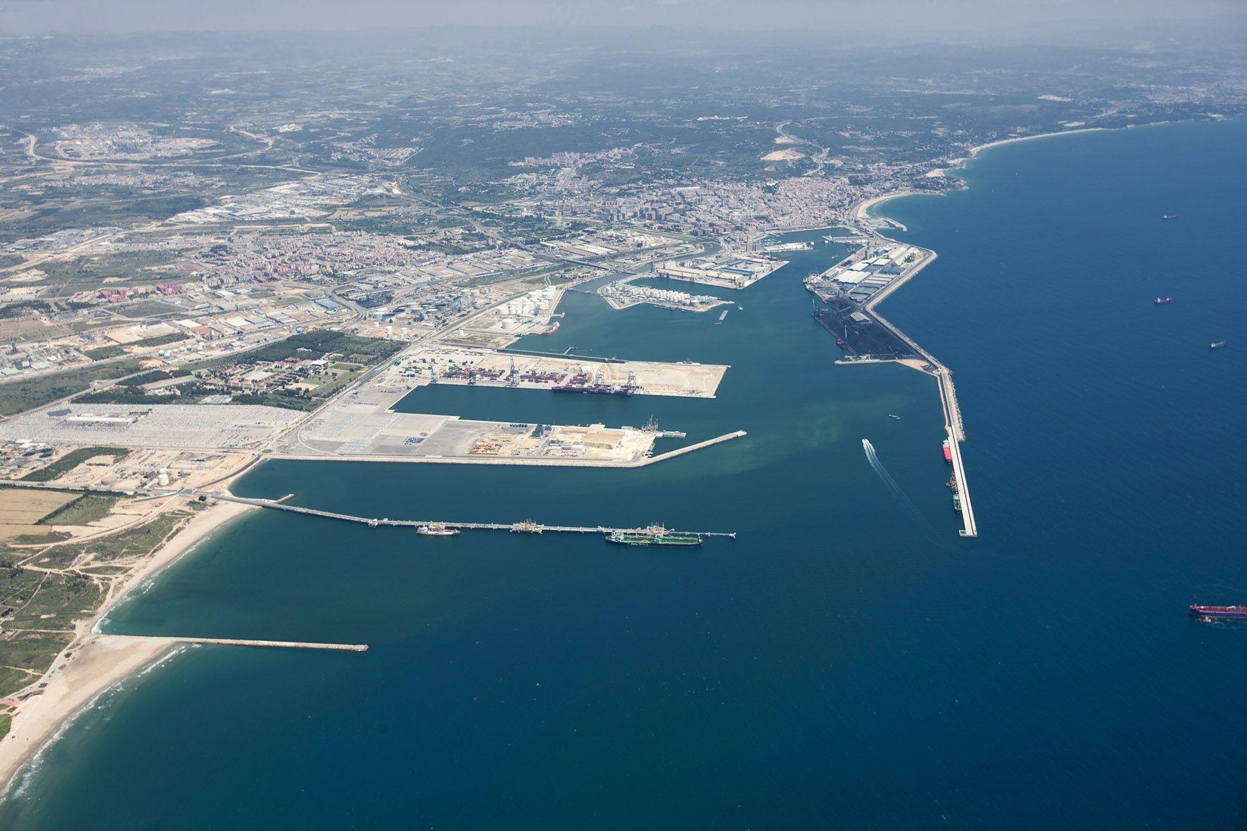 puerto tarragona
